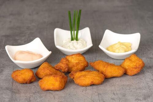 Chicken Nuggets mit Sauce