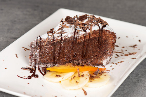 f) Schokoladenkuchen \